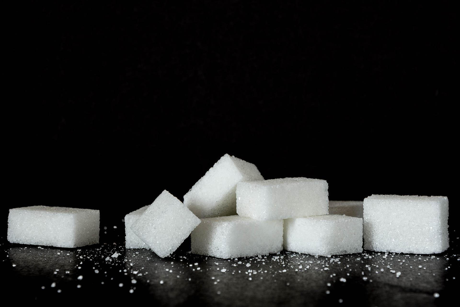 efectos malos sobre la salud de consumir grandes cantidades de azucar